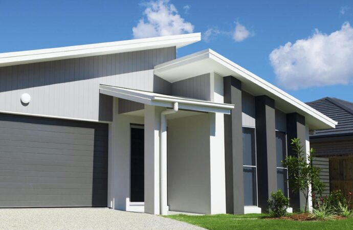 Sugar Land-Woodlands TX Professional Painting Contractors-We offer Residential & Commercial Painting, Interior Painting, Exterior Painting, Primer Painting, Industrial Painting, Professional Painters, Institutional Painters, and more.