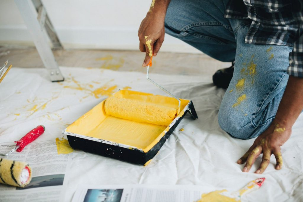 Woodlands TX Professional Painting Contractors Home Page Image-We offer Residential & Commercial Painting, Interior Painting, Exterior Painting, Primer Painting, Industrial Painting, Professional Painters, Institutional Painters, and more.